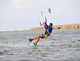 Kite surfing in Madagscar